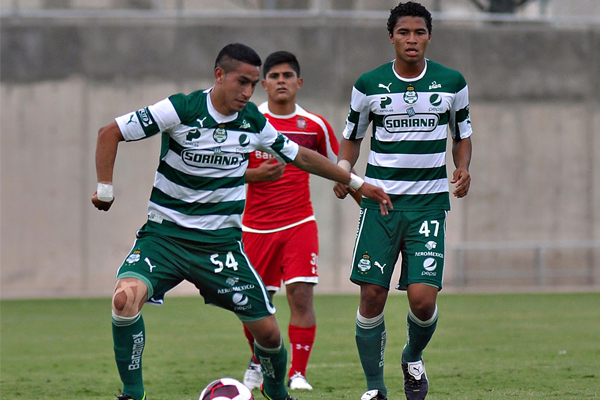Benji Joya remains in Santos Laguna Mexico